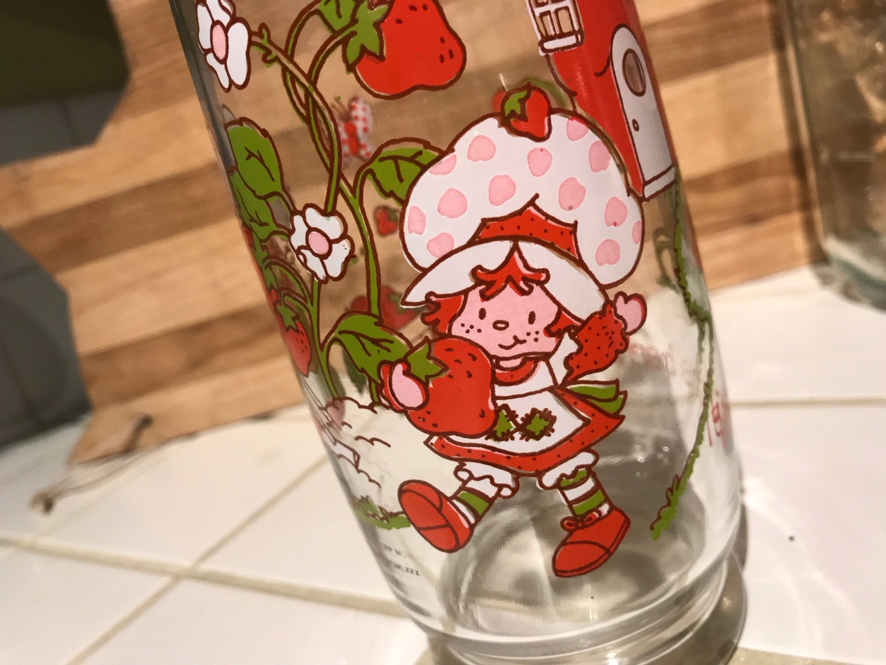 Vintage 1980 Strawberry Shortcake Glass 65 800 Ppm Lead 2 622 Ppm Cadmium 77 Ppm Mercury 90 Ppm Lead Is Unsafe For Kids Lead Safe Mama