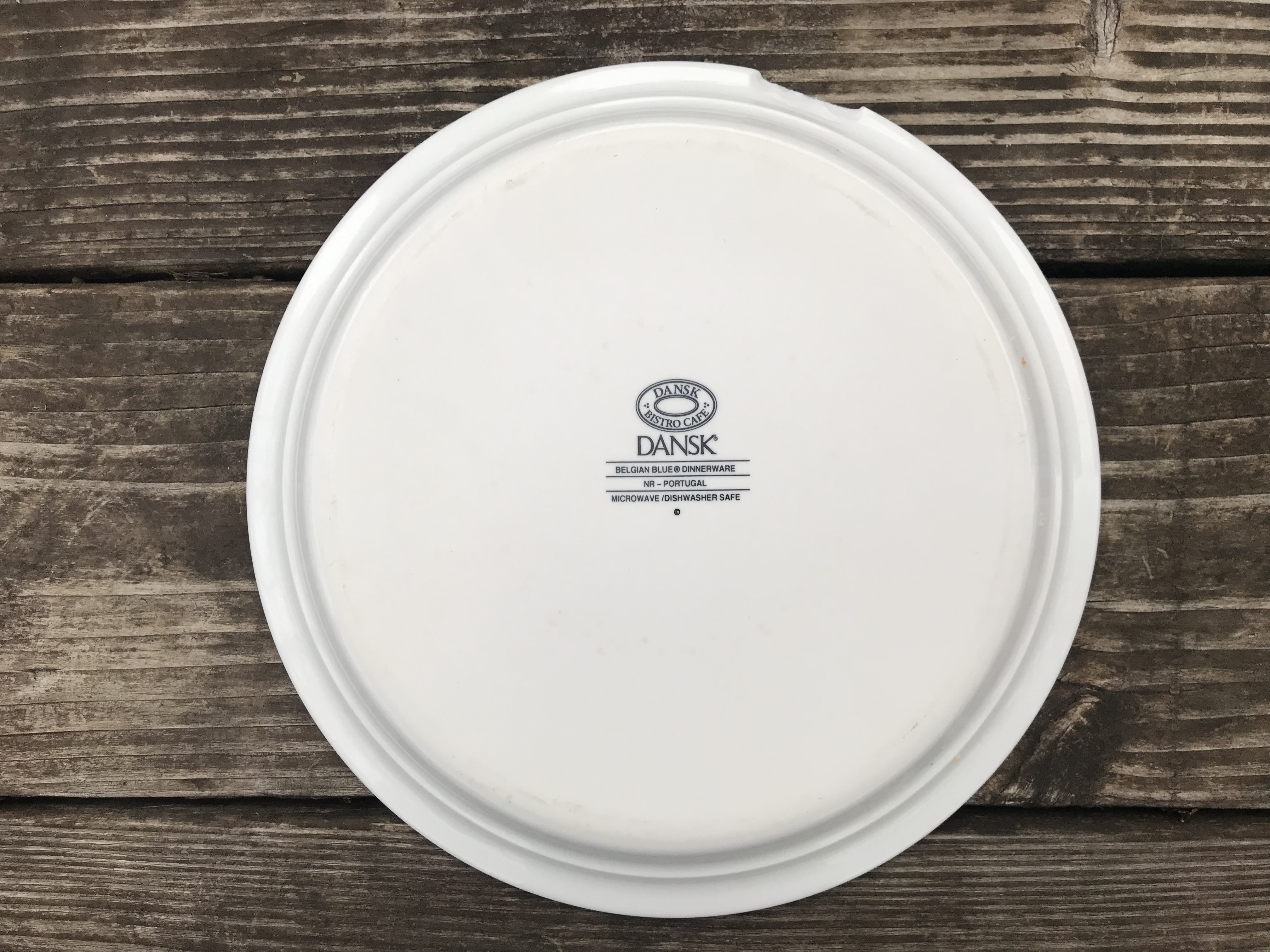 "Dansk ""Bistro Cafe"" Blue & White Pattern Ceramic Plate: 4,555 ppm Lead. [Context: 90 ppm Lead is considered unsafe in new items for kids.]"