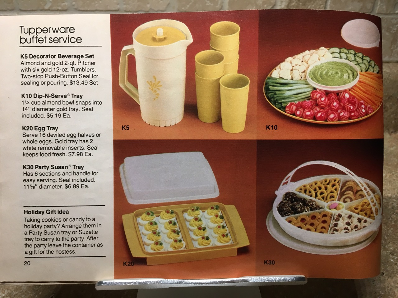 1982 Tupperware Buffet Service Lead Safe Mama Vintage Toxic Tupperware