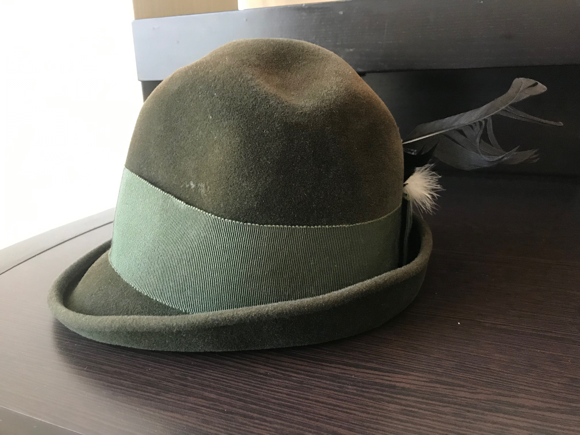 Did you hear how the Mad Hatter got his name? Well here's the evidence, vintage felt hat: 3,844 ppm MERCURY!