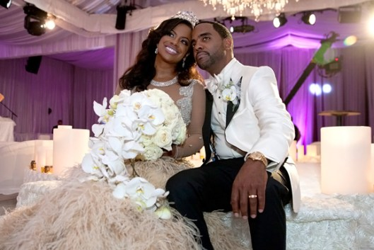 Kandi's Wedding: Say Yes To The Distress!
