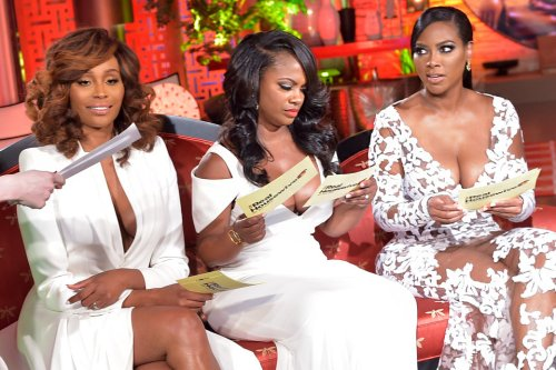 This is a very interesting photo of the ladies going through Andy's Reunion cue cards!