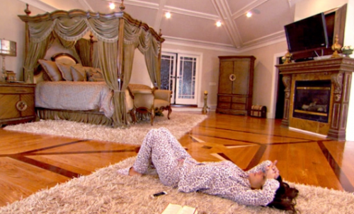 RHONJ Tre floor house