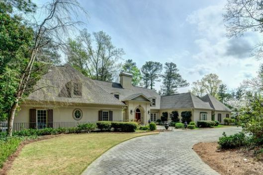 Phaedra Parks Buys A Two Acre Gated Estate