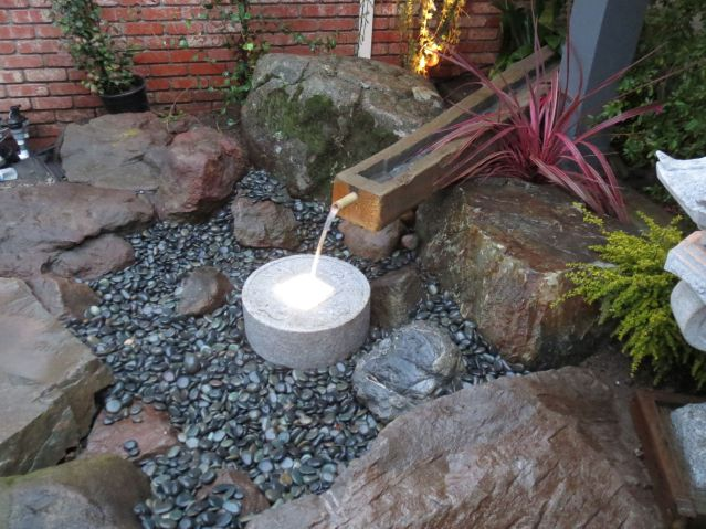 minimalist asian style fountain design and installation