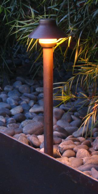 outdoor footpath lighting