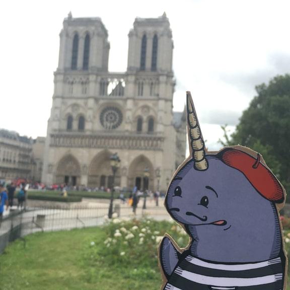 Mort in Paris, Notre Dame