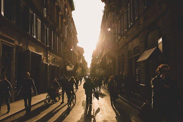 Via Del Condotti Golden Hour ' ©Tamarie Photography