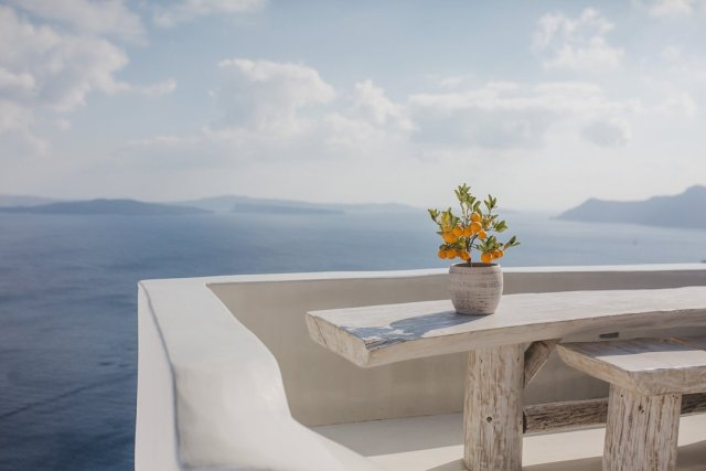 My travel review of Santorini Greece by travel photographer Tami Keehn