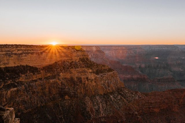 Sunset at Hopi Point on the South Rim of the Grand Canyon by photographer Tami Keehn.