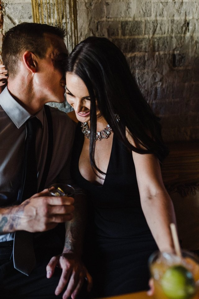 Chic Urban Downtown St Petersburg Fl engagement session with photographer Tami Keehn
