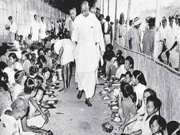 kamarajar photos - Mid Day Meal