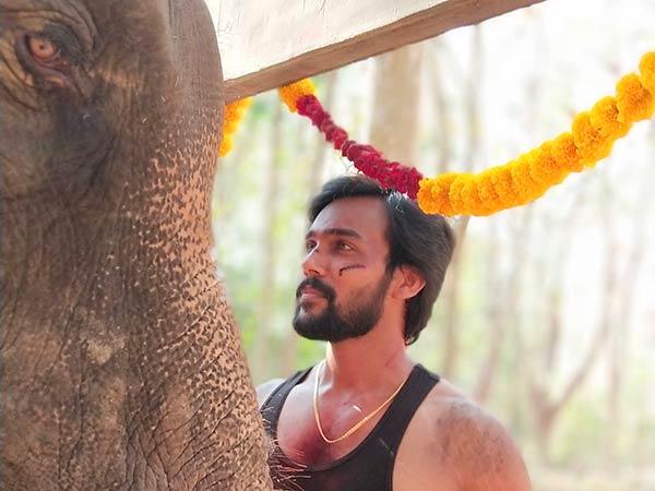 Actor Arav injured in Raja Bheema shooting
