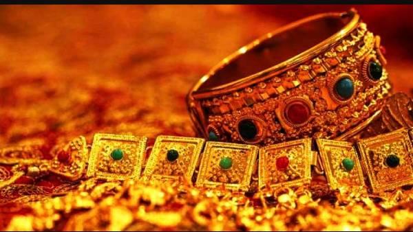 24 கேரட் 10 கிராம் தங்கம் விலை