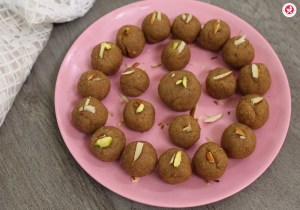 Rava Dates Laddu in Tamil