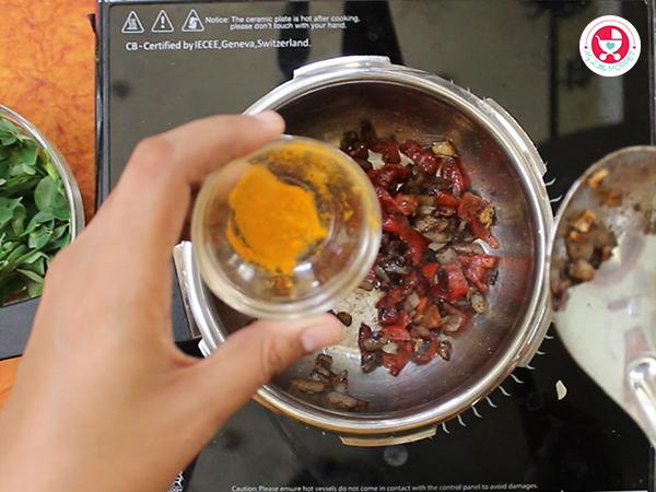 Sprinkle turmeric powder