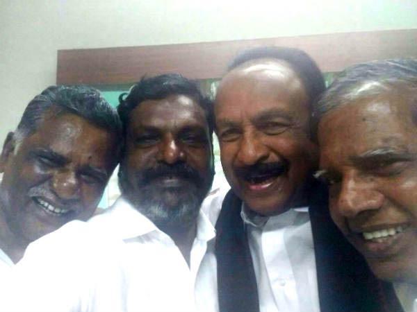 மூன்றே வருஷம்.. முக்கால்வாசி மக்கள் நல கூட்டணி திமுகவுடன் ஐக்கியம்! மாற்று  அரசியல் கோஷம் மாயம் | One third of Makkal Nala Kootani parties join hands  with DMK - Tamil Oneindia