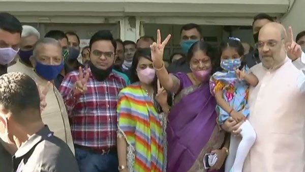 Gujarat Municipal Election: Amit Shah casts vote in Ahmedabad