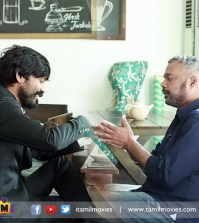 Gautham Menon Gives A Warm Welcome For Dhanush !