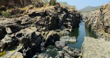 Makedatu - Cauvery River