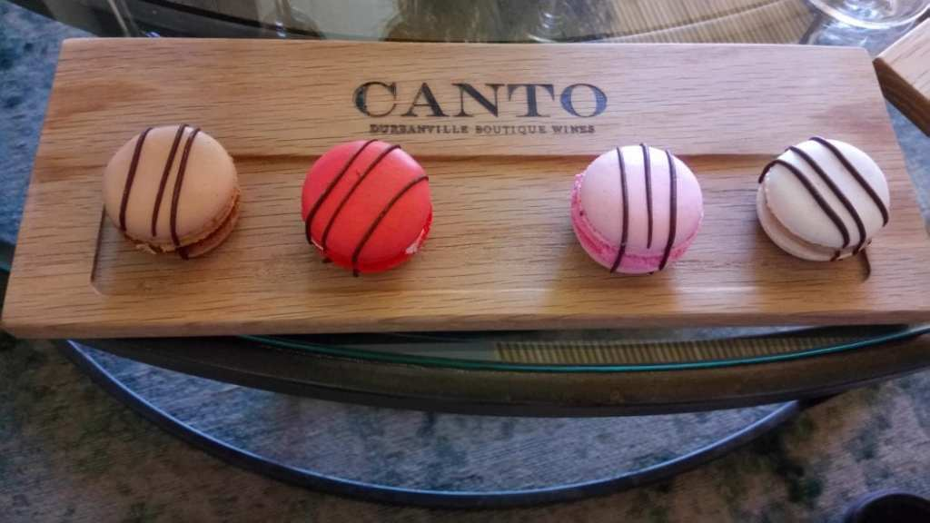 canto-wines-macaroons