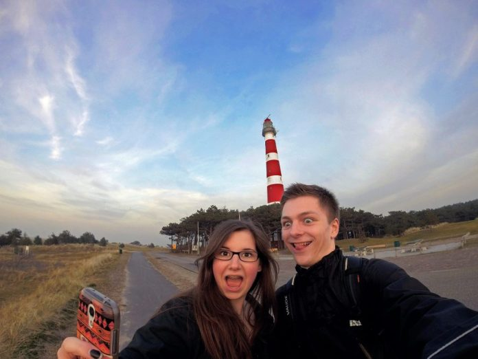 friends-bloggers-selfie