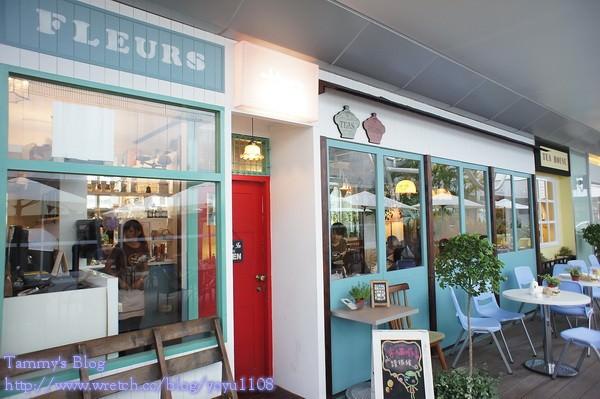 《新北下午茶》板橋。環球購物中心 HANA 日雜咖啡店