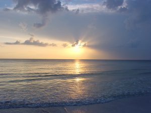 Sunset_on_North_Beach_at_Fort_De_Soto_Park