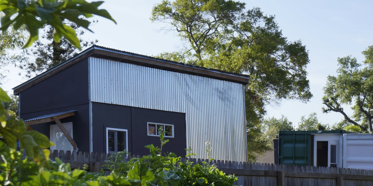 Tiny house zoning and building codes for Small home builders tampa