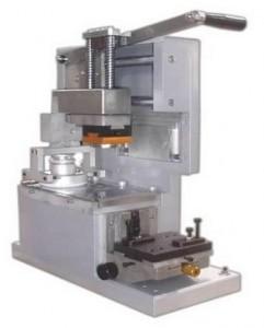Diferencias entre las máquinas tampográficas manuales y de tintero abierto