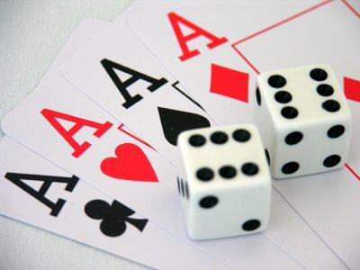 cards-vs-dice1