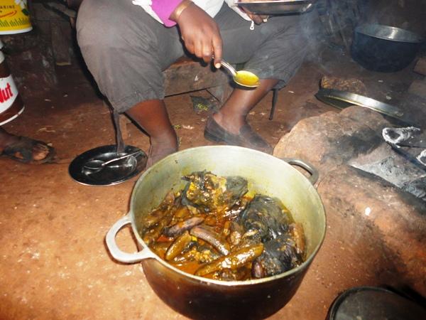 Voici donc comment j'ai appris à préparer le « kondre » en un seul jour à l'Ouest du Mboa