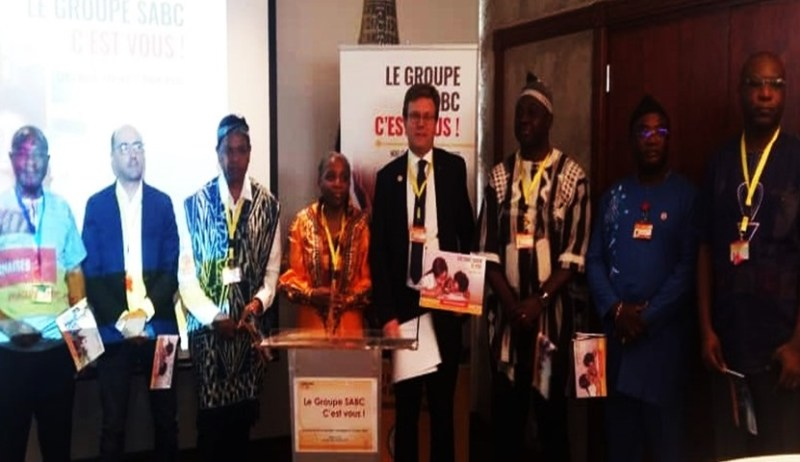 [Lancement de la Campagne Institutionnelle Phase 2] LE GROUPE SABC, UNE ENTREPRISE PROMOTRICE DES VALEURS CULTURELLES, FACE A LA PRESSE.