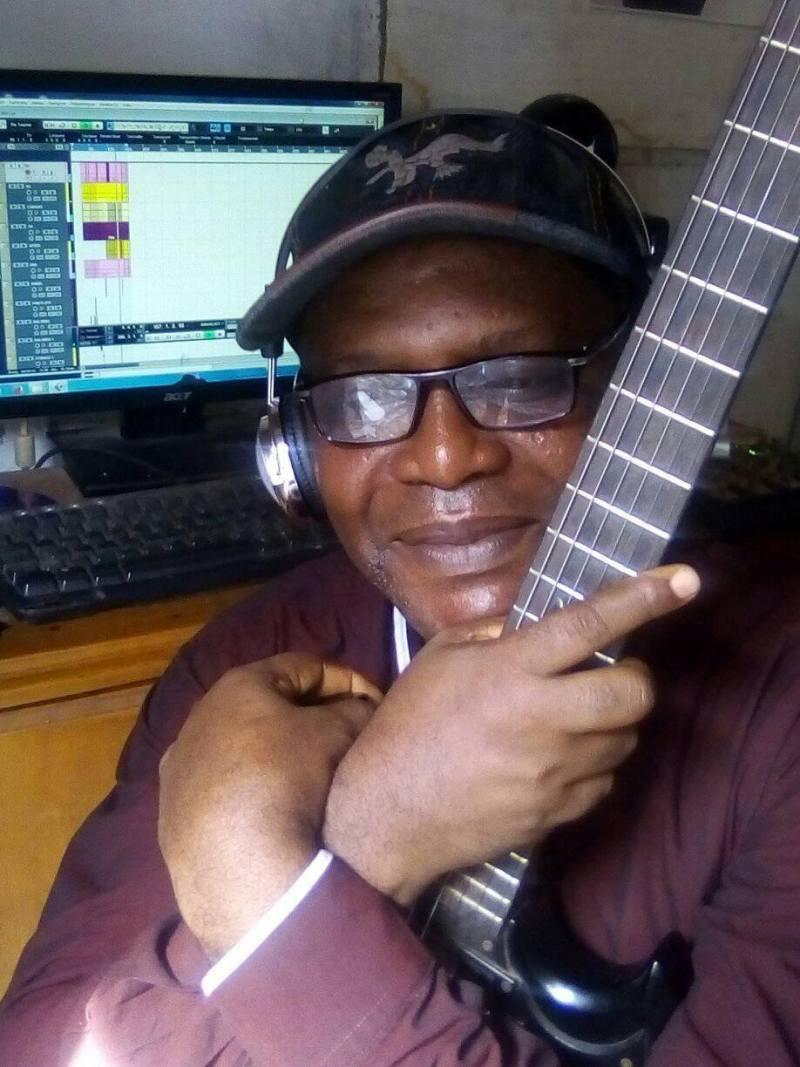 Pepe Kouoh est celui qui a enfin proposé un hymne pour le village Bonendalè