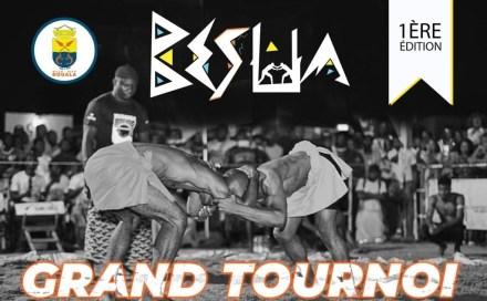 1ère édition du tournoi national de « Besua », la ville de Douala célèbre les champions de lutte traditionnelle
