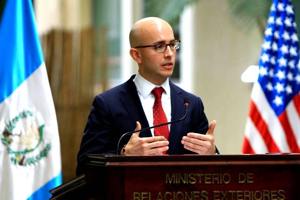 El director para el Hemisferio Occidental del Consejo de Seguridad de la Casa Blanca, Juan González, aseguró que EEUU estará del lado de la mesa de la unidad liderada por Juan Guaidó