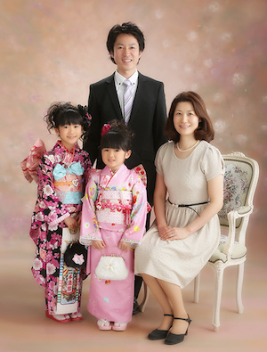 両親の服装を統一させる