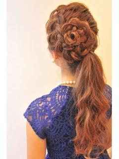 成人式での髪型で編み込み花ヘアー2