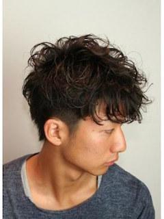 入学式のスーツに合うミディアムの男性の髪型