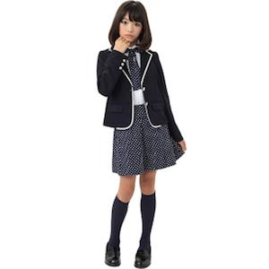 小学校の卒業式の女の子の服装 6