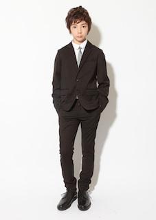 小学校の卒業式の男の子の服装 2
