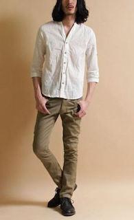 白のリネンシャツのメンズの夏コーデ 6