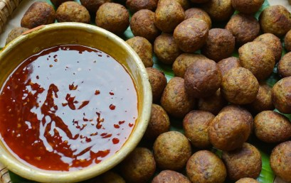 Beef balls with sweet chilli sauce
