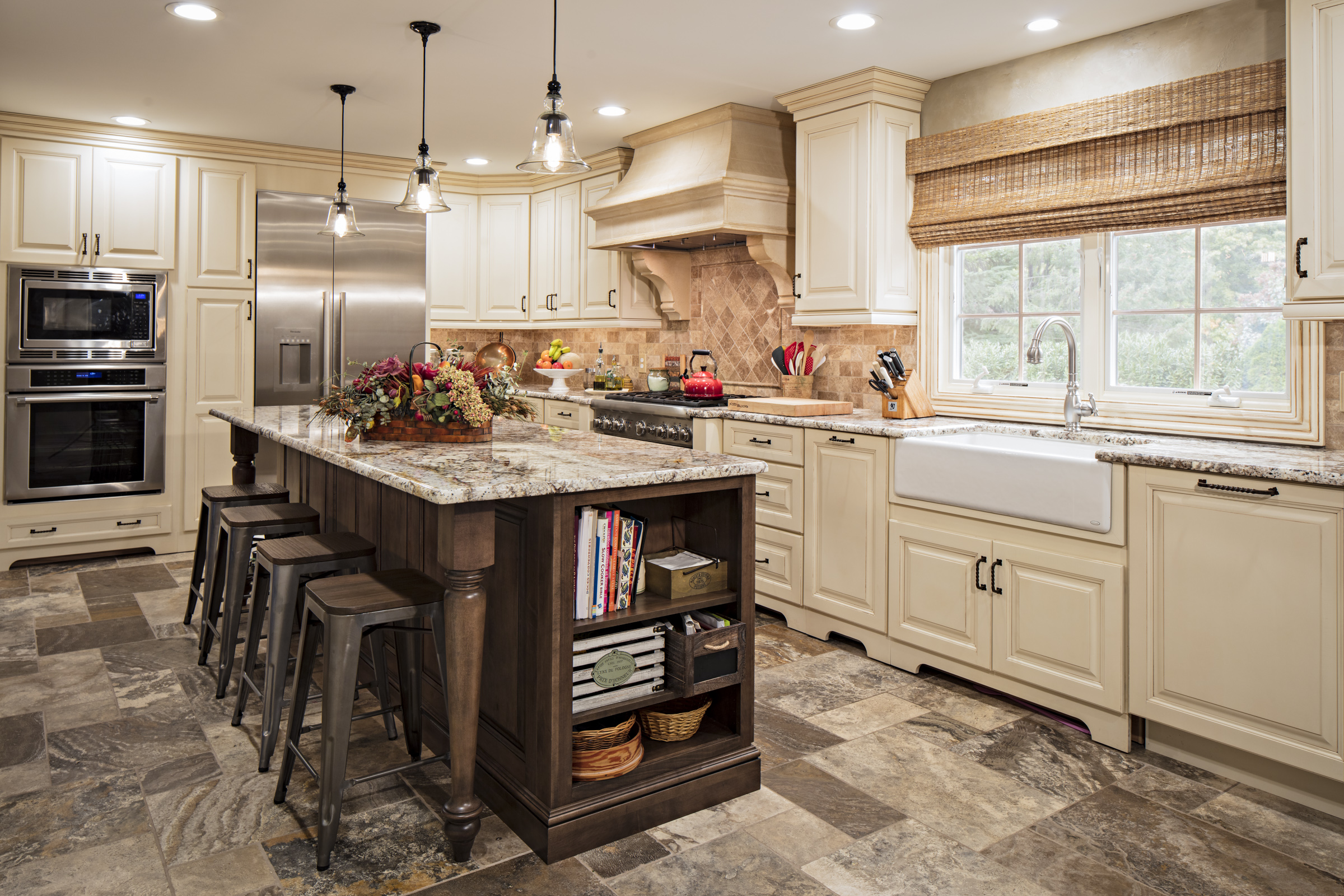 old world kitchen t k contractors on kitchen remodeling and design ideas hgtv id=94513