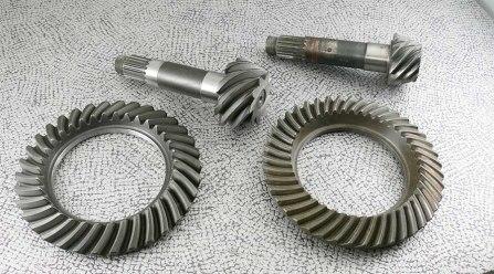 Kegelradsatz spiralverzahnt original und Neuanfertigung mit geänderter Übersetzung - Alfa Romeo 2600