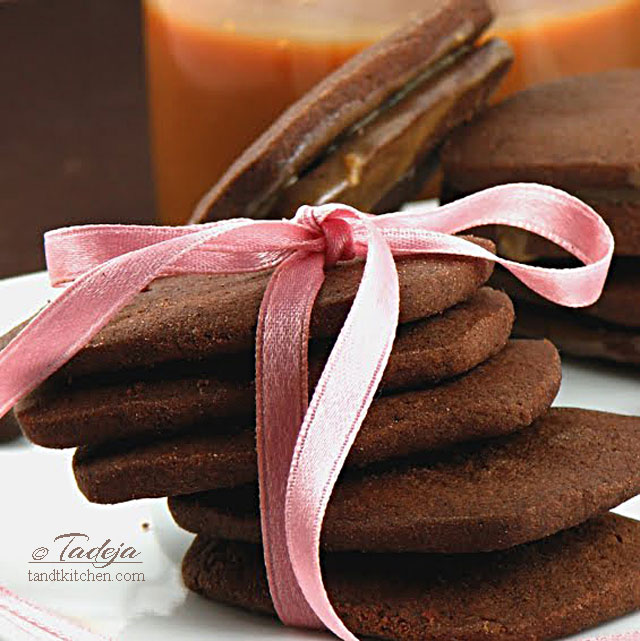 dulce-de-leche-coffee-break-cookies