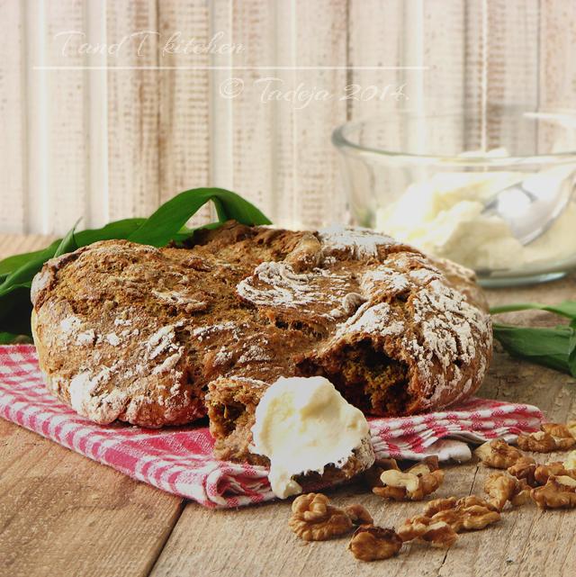 kruh koji se ne mijesi s mlukom i orasima 2