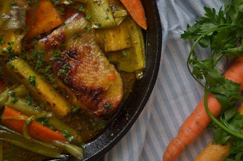 Piletina s mrkvom i porilukom