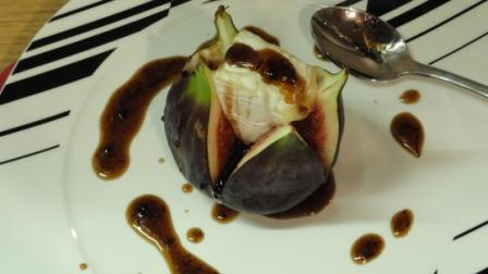 Turkish Figs With Honey and Camembert