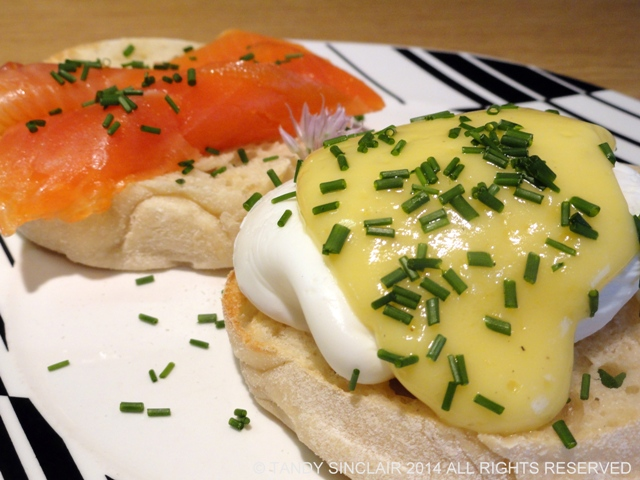 Champagne Hollandaise for Brunch Ideas